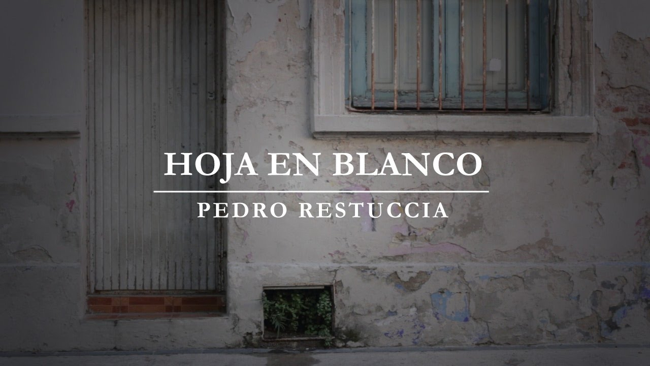 Pedro Restuccia Hoja en Blanco